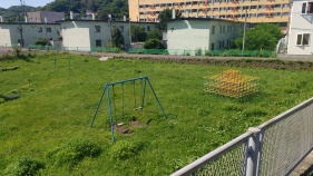 Along with the rest of Japan, Muroran seems to have an appreciation for incredibly old fashioned playgrounds.