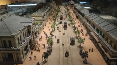 Diorama of Tokyo in the early 20th century. I never realized how much The Legend of Korra was inspired by the rapid industrialization that took place in the decades following the Meiji restoration.