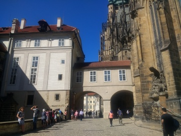 The square outside Prague Castle