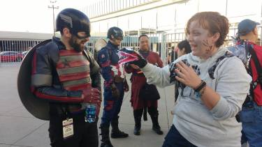 This woman came as Eddie Brock, with a puppet version of Venom!