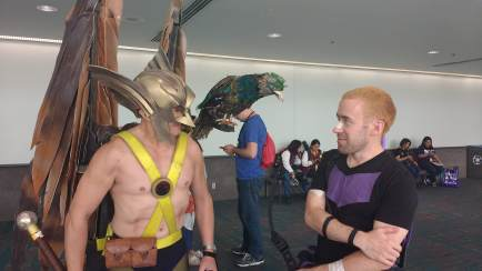 Hawkeye geting eyed by Hawkman's hawk